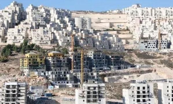 İsrail'den yasa dışı konutlara onay