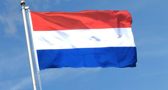 Hollanda'dan skandal karar !