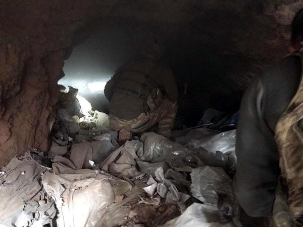 Saklandıkları mağara mezarları oldu !