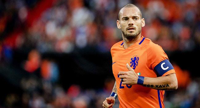 Sneijder'in babasına da para ödenmiş !