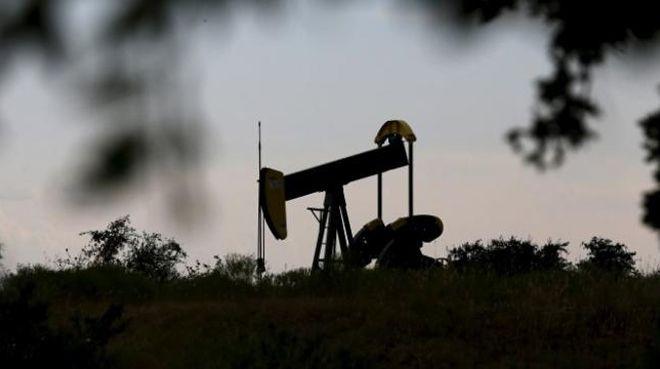 Brent petrol rekora doymadı