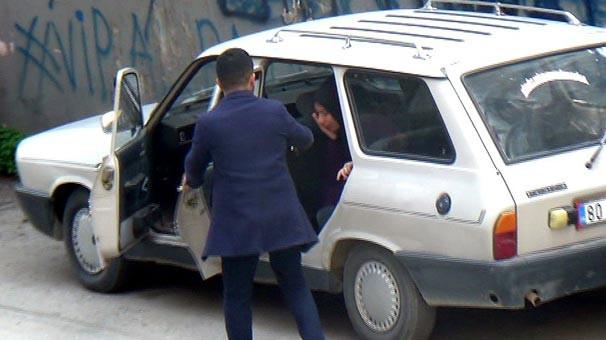 Güpe gündüz sokak ortasında kadına şiddet
