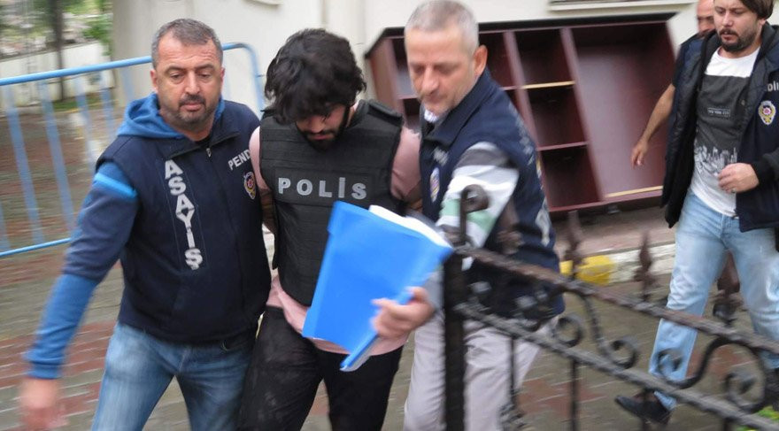 Liseli Helin'in katili mahkemede güldü