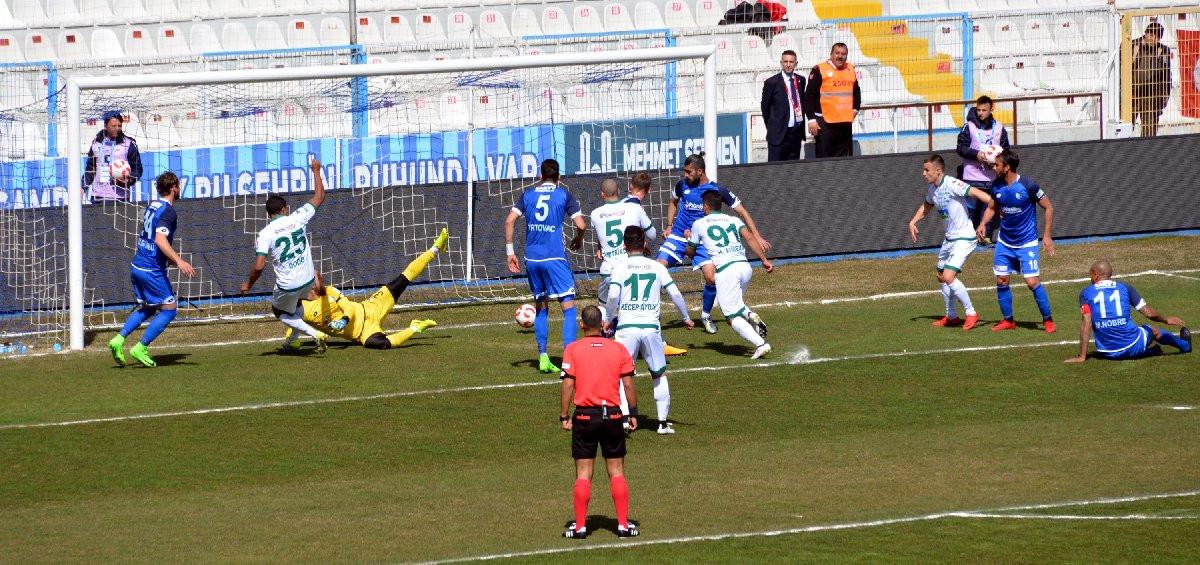 Çılgın maç ! 9 gol 2 kırmızı kart 1 penaltı !