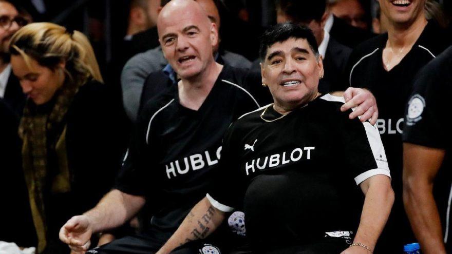 Maradona'dan Messi'ye destek