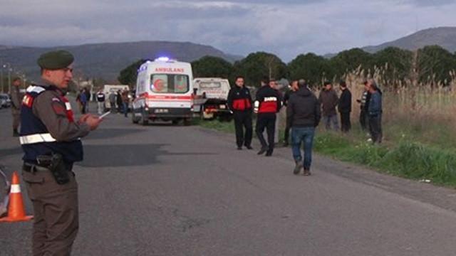 Sahilde yürüyüş yapan kadınlara otomobil çarptı: 2 ölü