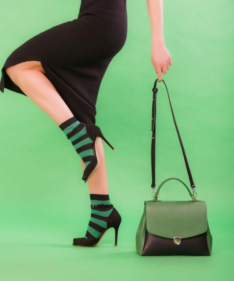 Son dönemin en moda aksesuarı çoraplar oldu!