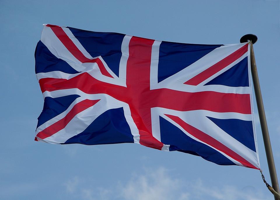 İngiltere Suriye'ye askeri müdahaleye yeşil ışık yaktı