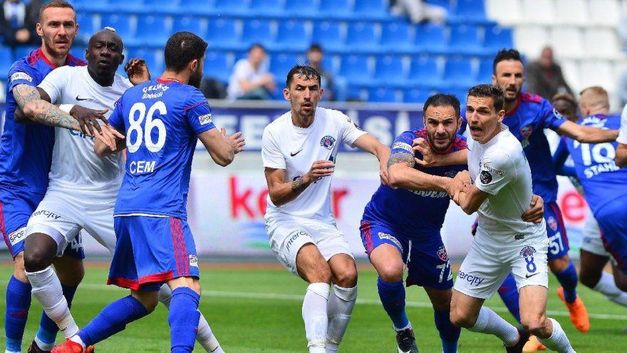 Kasımpaşa Karabükspor maçında geç açıldı !