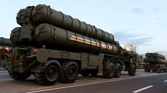 Rusya, S-400 füzelerine ilişkin görüntüler paylaştı