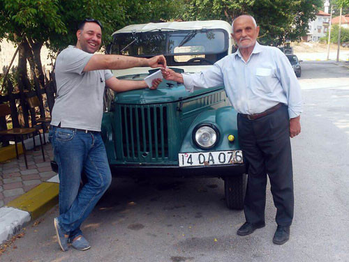 Fidel Castro'nun arabası Ankara sokaklarında