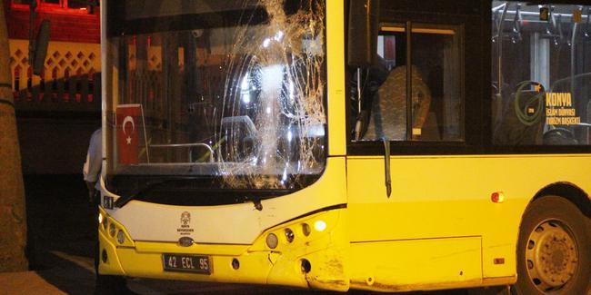 Bu da minibüsçü dehşeti: Otobüse ateş açtı