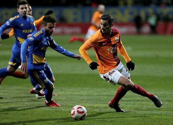 Galatasaray'da yolcular belli oldu.