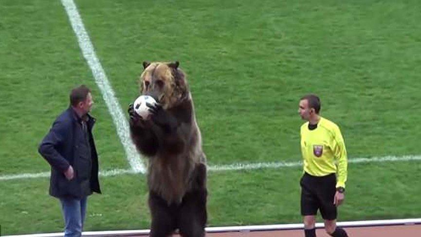 Rusya'da maçı ayı başlattı !