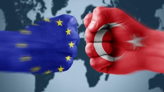 AB'den yine skandal Türkiye raporu: ''Hibeleri keselim''