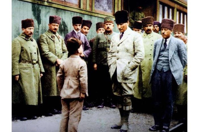 Atatürk'ün çocuk sevgisi Genelkurmay arşivlerinde - Resim: 3