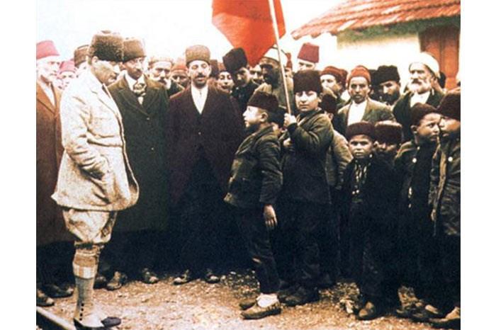 Atatürk'ün çocuk sevgisi Genelkurmay arşivlerinde - Resim: 4