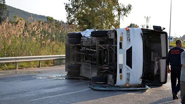 İzmir'de feci kaza: 25 yaralı var !