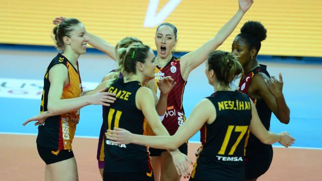 Galatasaray dörtlü finallerde !