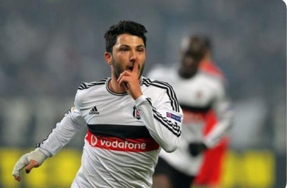 Tolgay Arslan'dan Fenerbahçe'ye olay gönderme !