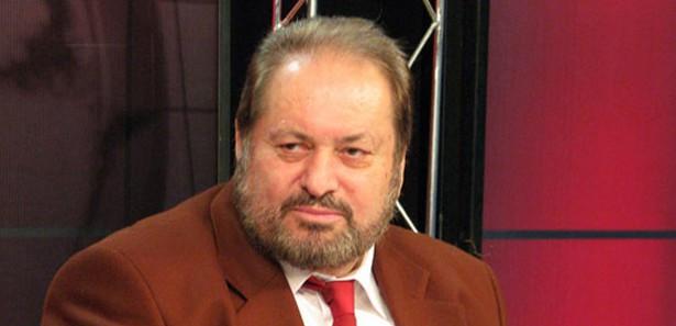 Haydar Baş, CHP listelerinden seçime girmeliydi…