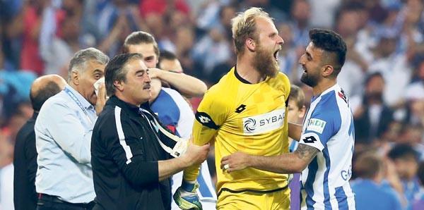 Erzurumspor'u Süper Lig'e çıkaran kaleci konuştu !
