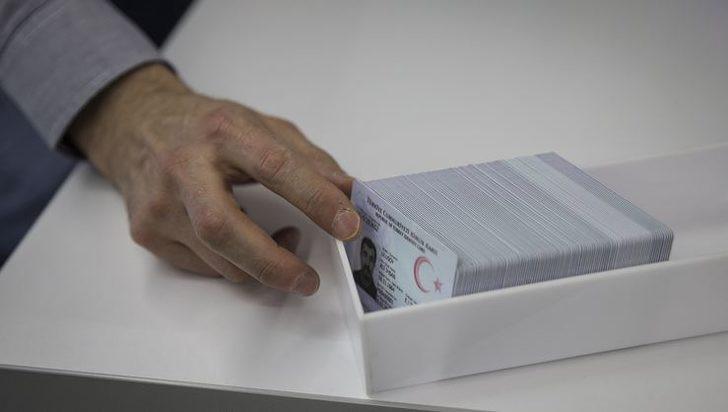 Çipli kimlik kartı alamayanlara kritik uyarı
