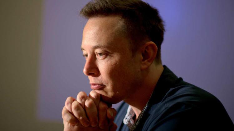 Elon Musk'ın şirketi Tesla yine zarar etti !