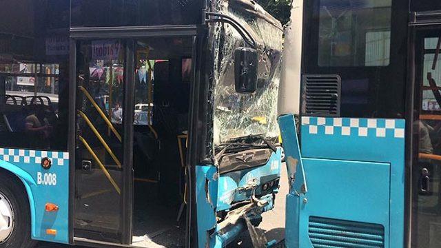 İstanbul'da feci kaza ! 3 halk otobüsü çarpıştı: Yaralılar var