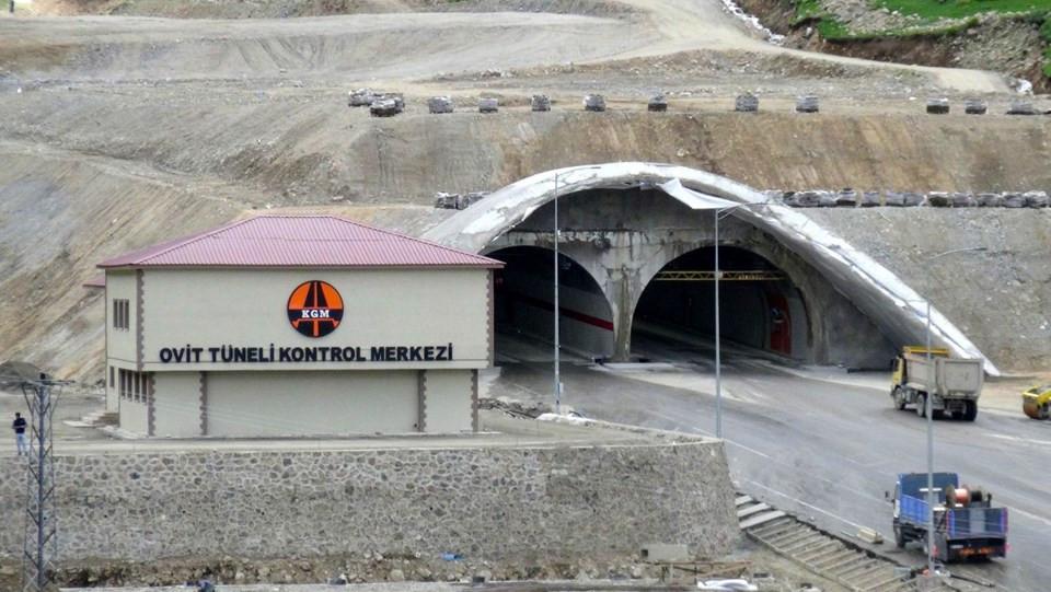 Türkiye'nin en uzun tüneli hizmete açıldı