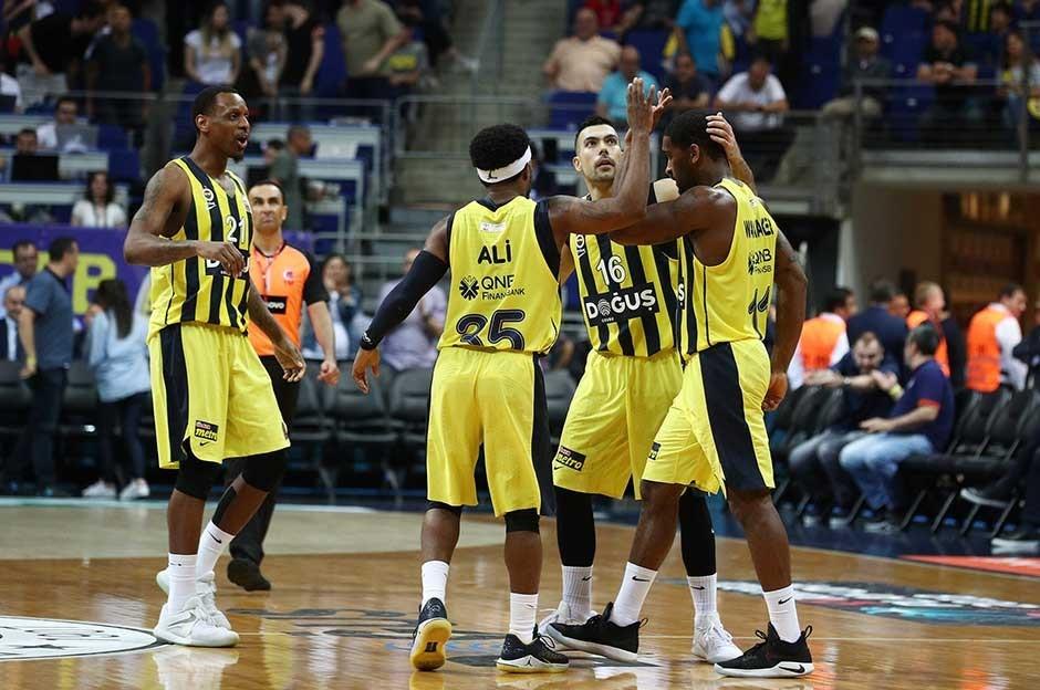Fenerbahçe Doğuş üst üste 3. kez şampiyon !