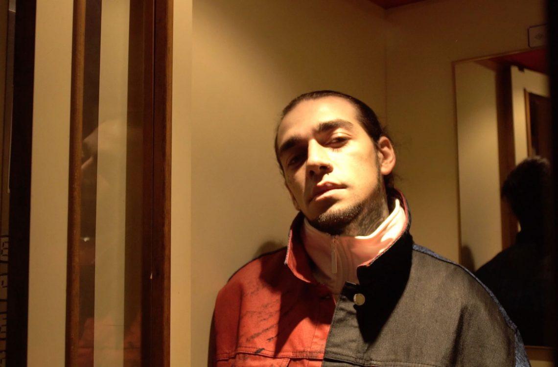 Rapçi Ezhel beraat etti