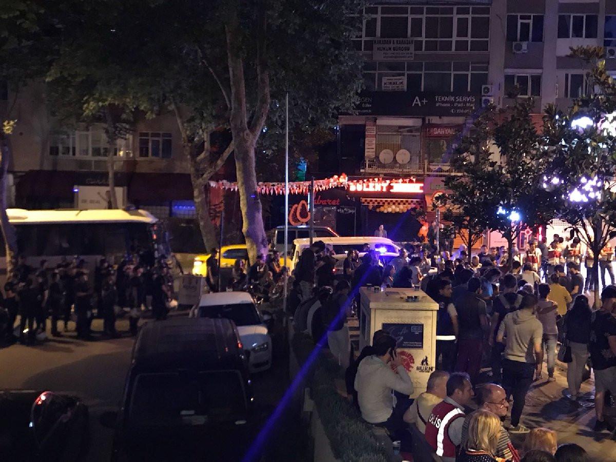 İstanbul'da CHP'liler seçim kurullarına akın etti !