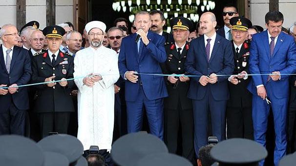 Erdoğan: ''Ayaklarımızın altına alarak...''