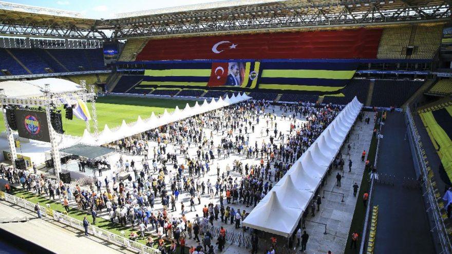 Fenerbahçe'de şok ölüm ! Kongre esnasında...