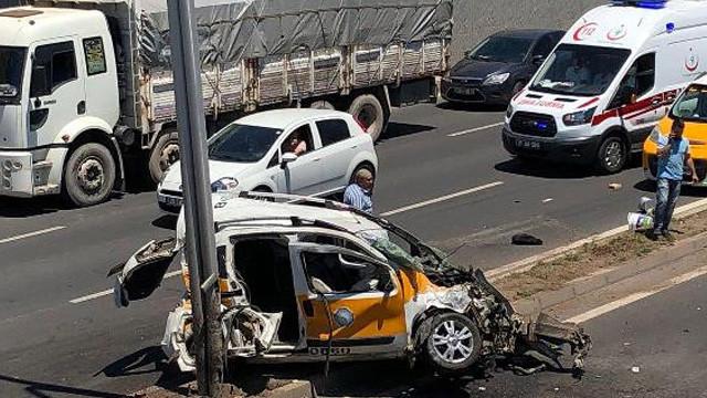 Diyarbakır'da feci kaza ! Ortalık savaş alanına döndü