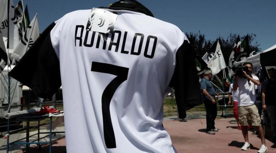 İşte futbol tarihinin en pahalı 20 transferi !