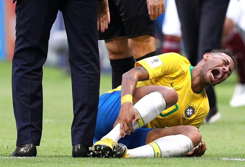 İşte yeni akım: Neymar Challenge !