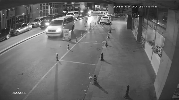 İstanbul'da taksiciye saldırı kamerada !