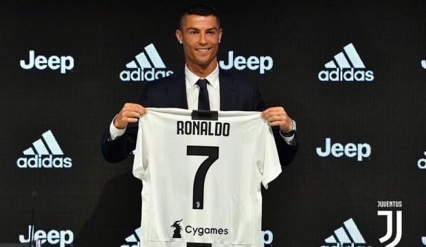 """Ronaldo için olay iddia ! """"Juventus'a gitme sebebi..."""""""