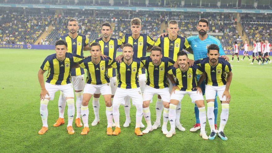 Fenerbahçe hazırlık maçı için İzmir'e geliyor !