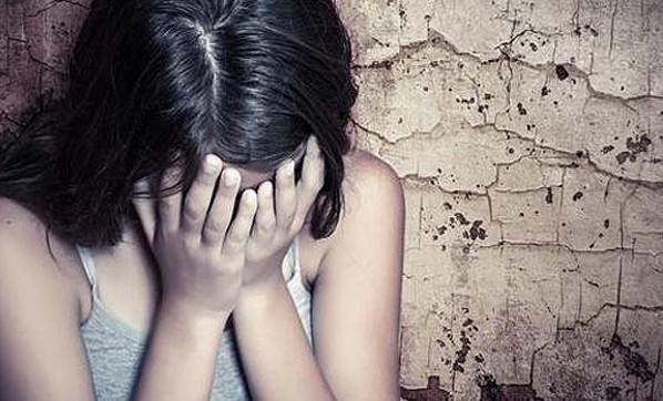 Kızına cinsel istismar uygulamıştı... 20 yıl istendi !