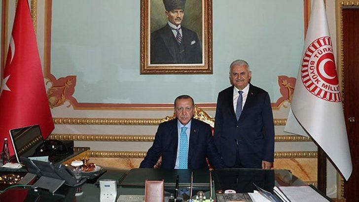 Cumhurbaşkanı Erdoğan ve Yıldırım'ın fotoğrafına tepki yağdı