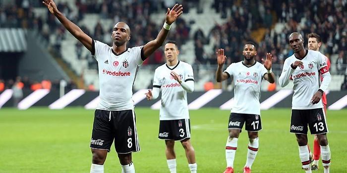 Beşiktaş'ta imza sırası Babel ve Adriano'da !