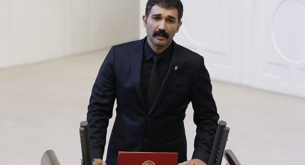 Barış Atay ve Erkan Baş, HDP'den ayrılıyor