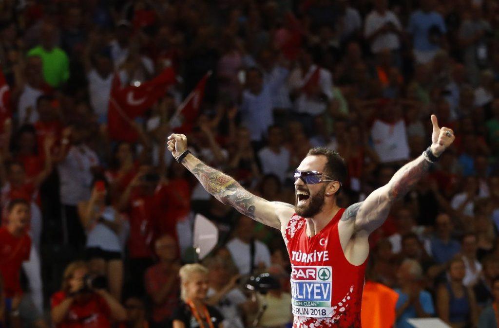 Ramil Guliyev'den altın madalya !