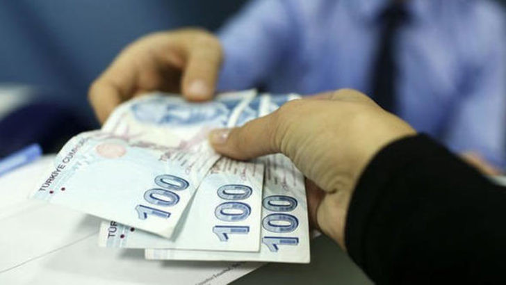 Bayramda milyonlarca emekliye maaş şoku