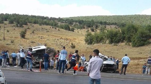 Bingöl'de katliam gibi kaza: 6 ölü, 9 yaralı