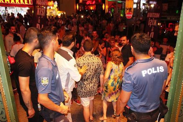 Bodrum'un gece hayatına polis baskını