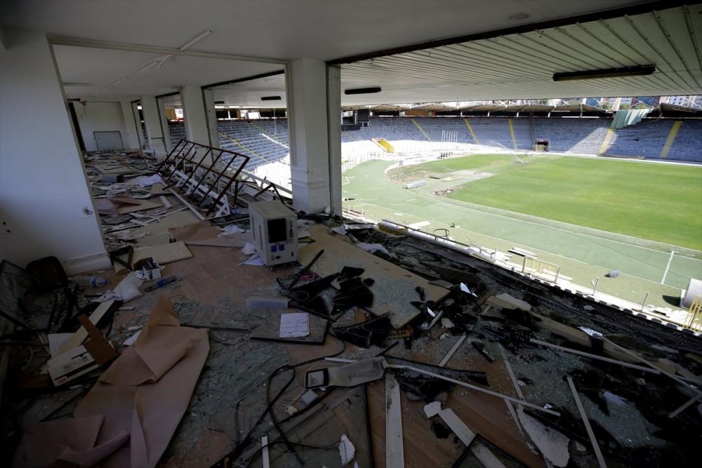 19 Mayıs Stadı yıkılıyor ! - Resim: 2